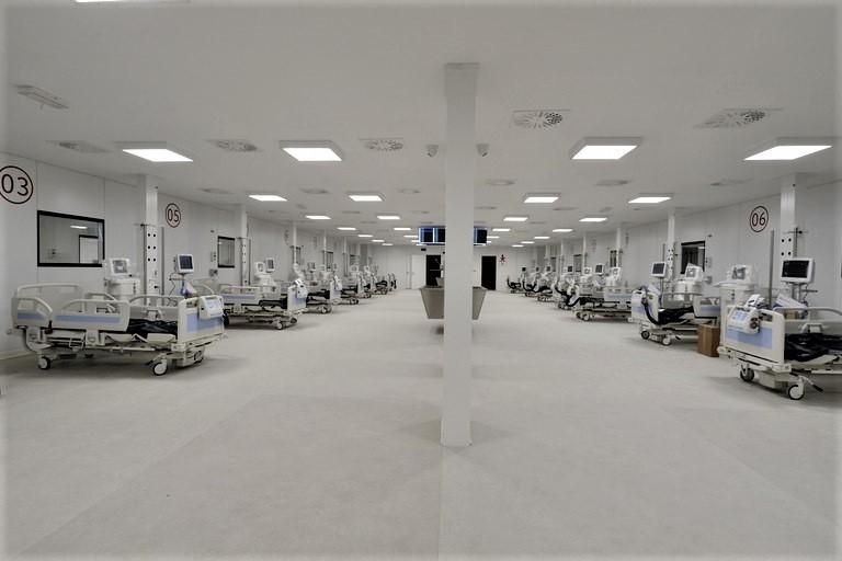 L'ospedale Covid in Fiera del Levante