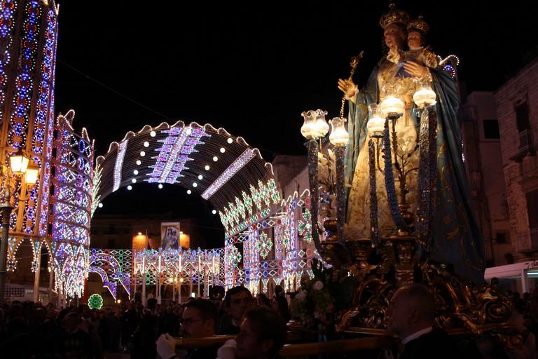 Processione Madonna del Rosario JPG. <span>Foto Cosma Cacciapaglia</span>