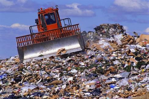 Impianti smaltimento rifiuti al collasso