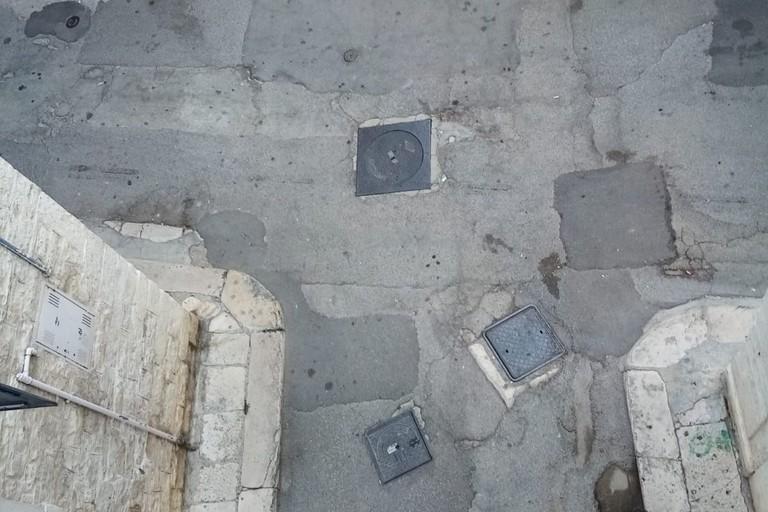 Sistemazione strade. <span>Foto Cosma Cacciapaglia</span>