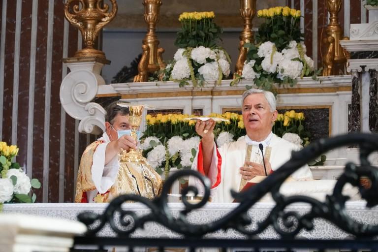 Solenne Pontificale per SS Maria di Sovereto Terlizzi. <span>Foto Cosma Cacciapaglia</span>