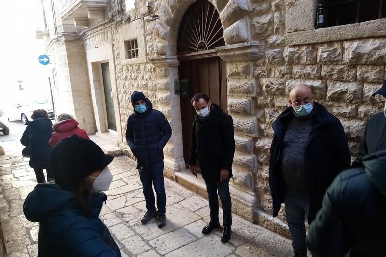 Sopralluogo della Soprintendenza nel Borgo Medievale Terlizzi. <span>Foto Cosma Cacciapaglia</span>