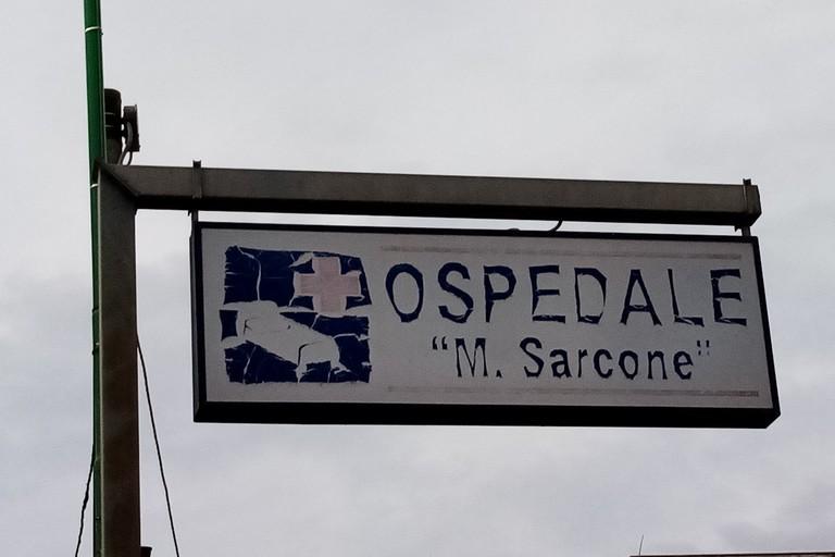 Sporcizia allospedale Sarcone di Terlizzi. <span>Foto Cosma Cacciapaglia</span>