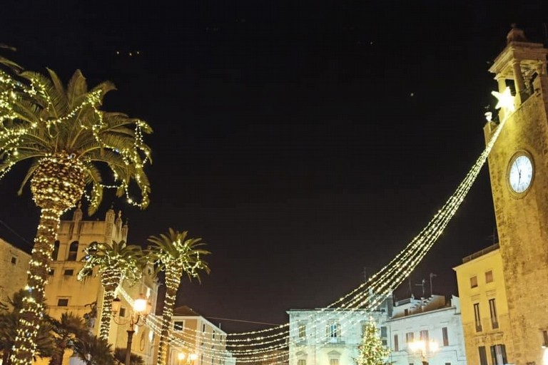 Luminarie in piazza. <span>Foto Comune di Terlizzi</span>