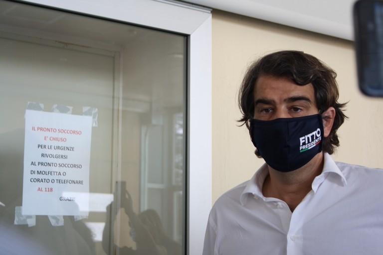 Visita di Fitto all ospedale M Sarcone JPG. <span>Foto Cosma Cacciapaglia</span>