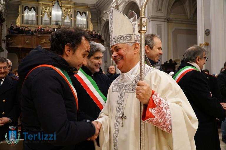 sindaco gemmato e vescovo mons. cornacchia